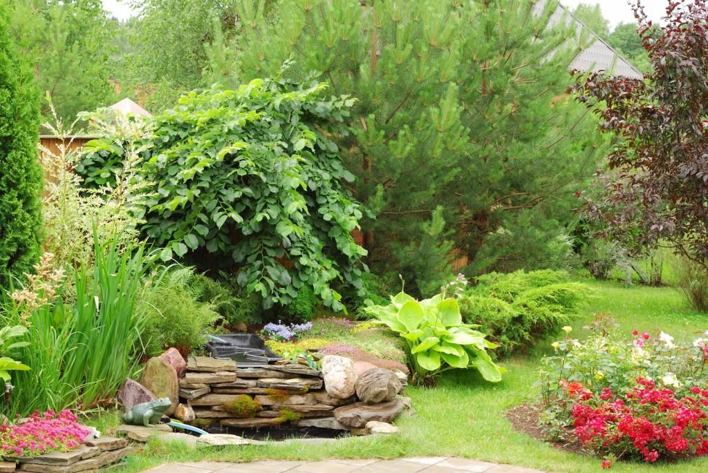 jardineria en general, grupoillesjardin, mantenimiento de jardines, cesped artificial, podas y desbroces. Cesped artificial de calidad a buen precio